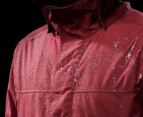 áo khoác gió chông nước Việt mua tặng Mai