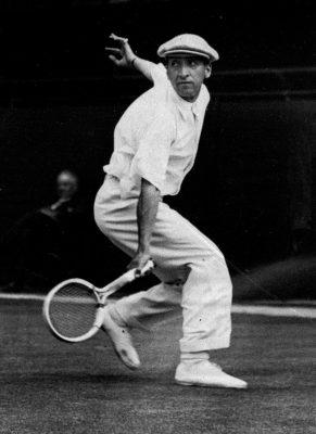 áo Polo xuất hiện tại giải thi đấu quần vợt