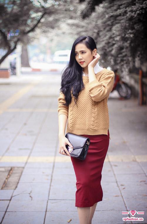 Chân váy bút chì kết hợp áo len