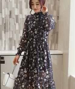 Thời trang công sở với váy maxi cổ trụ