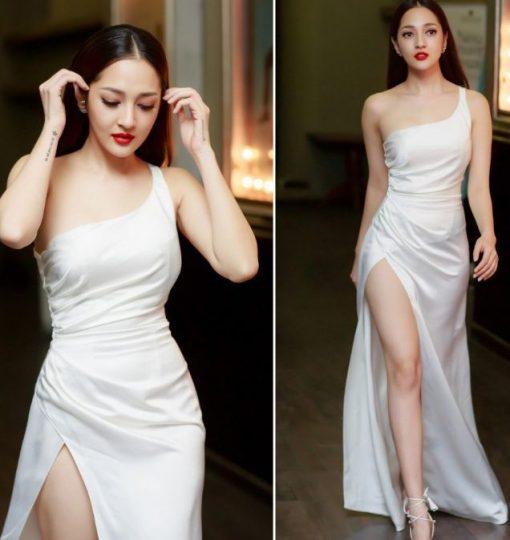 váy maxi xẻ tà lệch vai